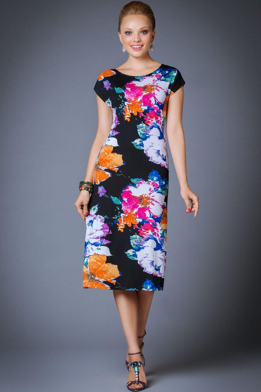 Платья с цветочным принтом: 35 фото. С чем носить платья с